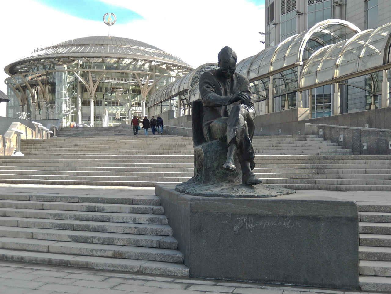 Monument to Brodsky in Moscow - a monument to the era